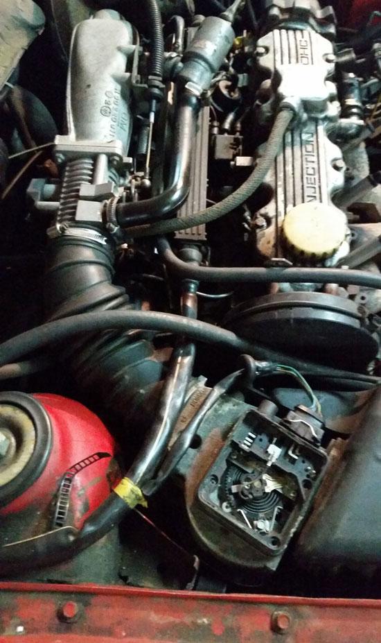 Снять расходомер Opel C20NE